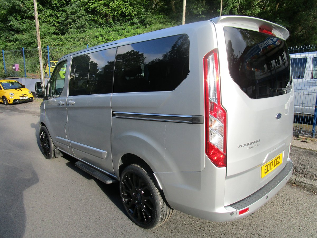 2017 FORD TRANSIT CUSTOM TOURNEO 2.0 TDI 9 SEATER SILVER For Sale (picture 3 of 6)