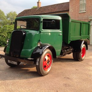 Ford 7v tipper