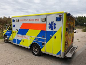 1998 American Ford Horton Ambulance