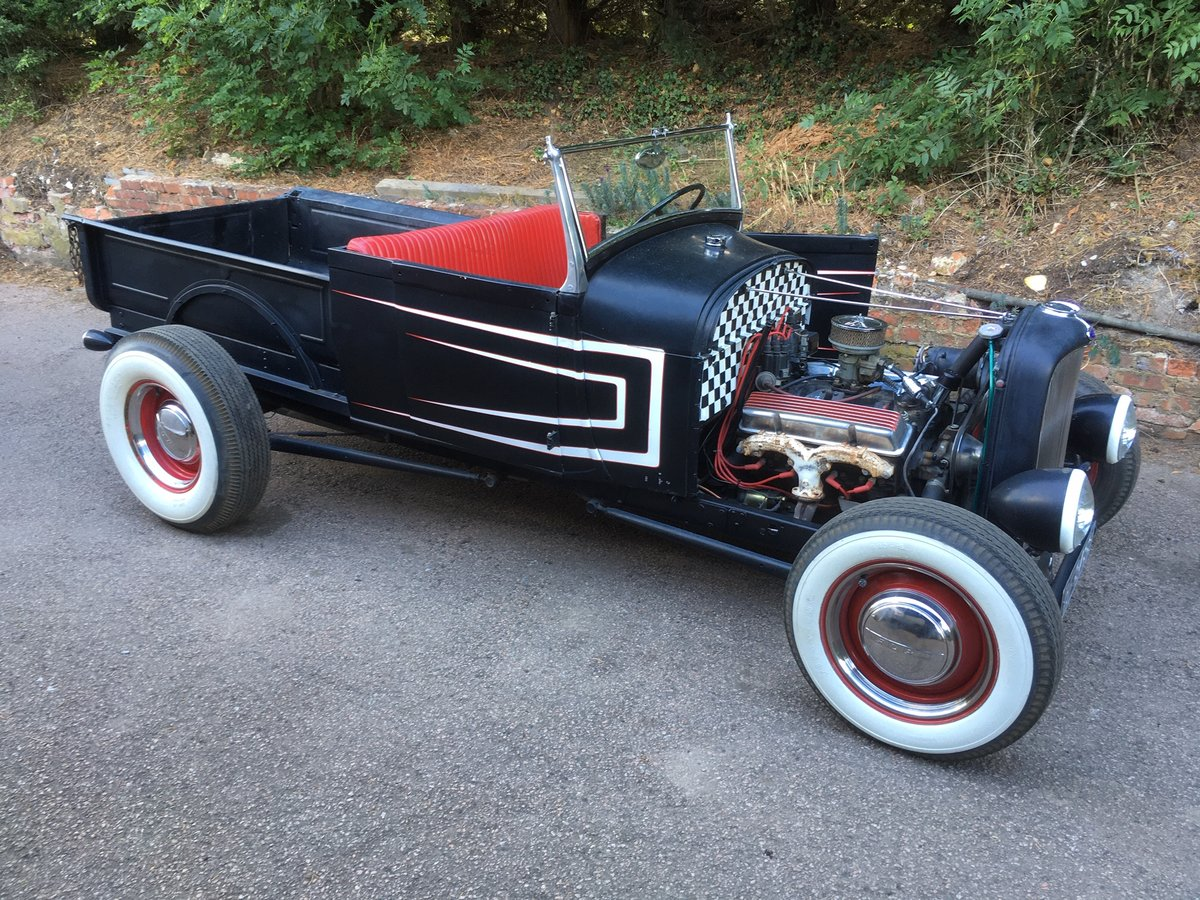 1930 Ford Model A V8 Roadster Pick Up Hotrod For Sale (picture 1 of 6)