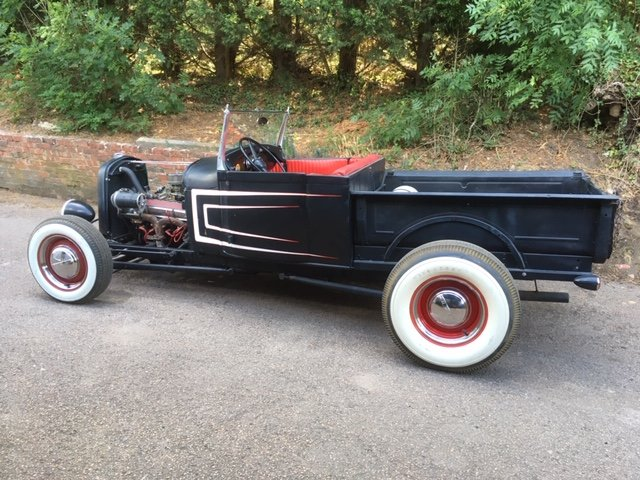 1930 Ford Model A V8 Roadster Pick Up Hotrod For Sale (picture 2 of 6)