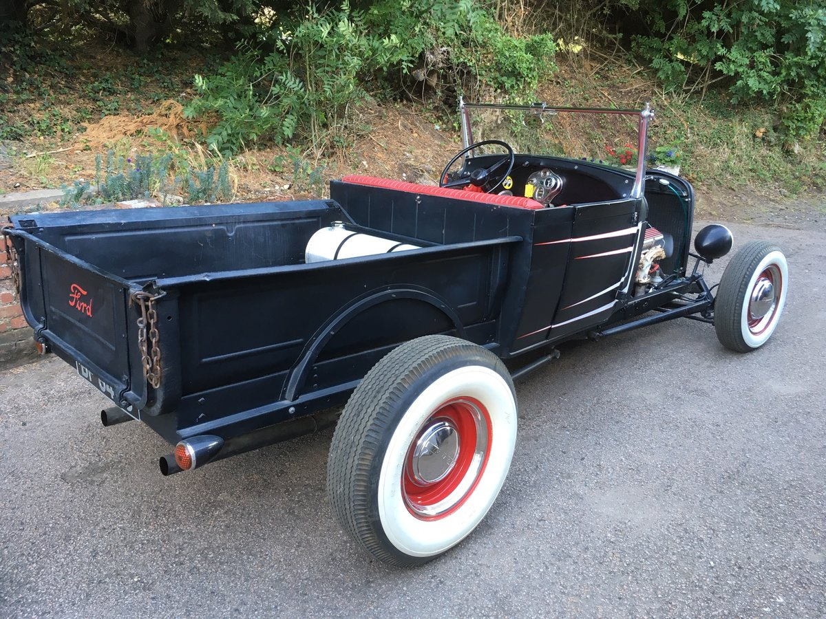 1930 Ford Model A V8 Roadster Pick Up Hotrod For Sale (picture 3 of 6)