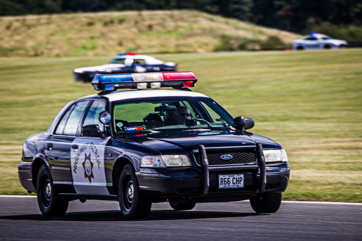 2000 Ford Crown Victoria P71 POLICE INTERCEPTOR For Sale (picture 2 of 6)