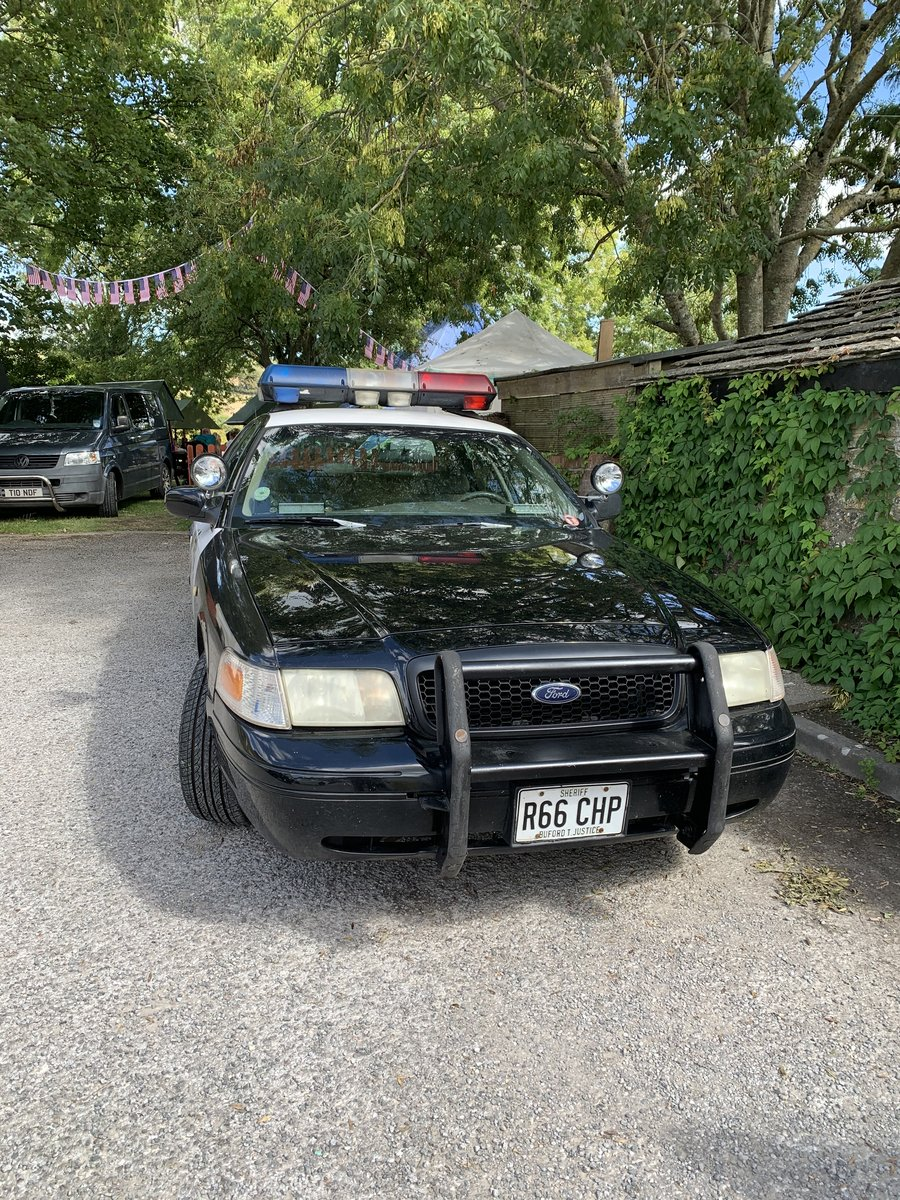 2000 Ford Crown Victoria P71 POLICE INTERCEPTOR For Sale (picture 3 of 6)