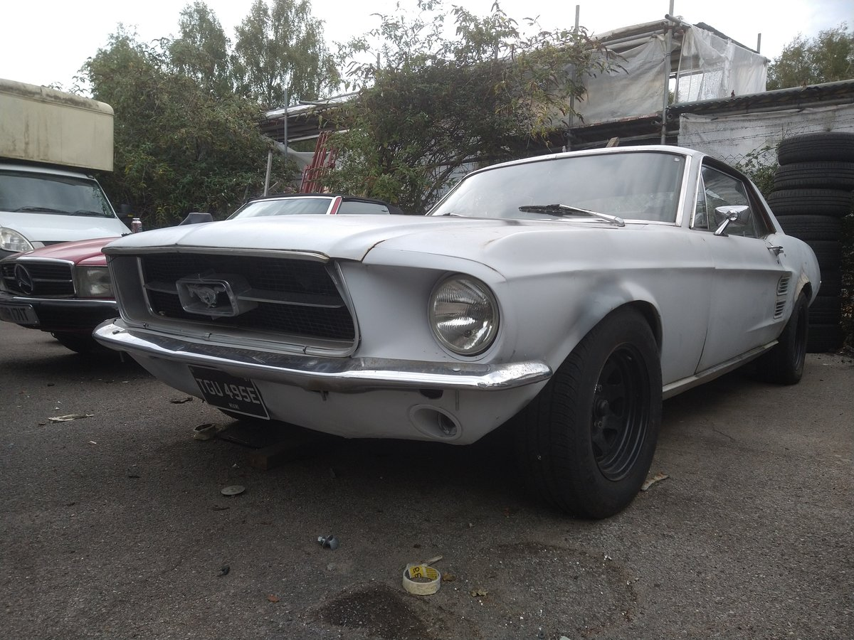1967 Ford mustang 289 v8, rolling restoration For Sale (picture 1 of 6)