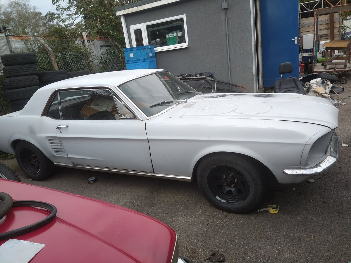 1967 Ford mustang 289 v8, rolling restoration For Sale (picture 3 of 6)