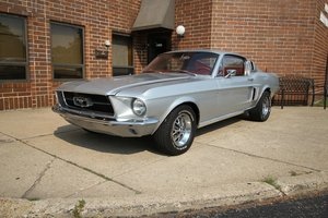 1967 Mustang Fastback in Stunning silver with red interior
