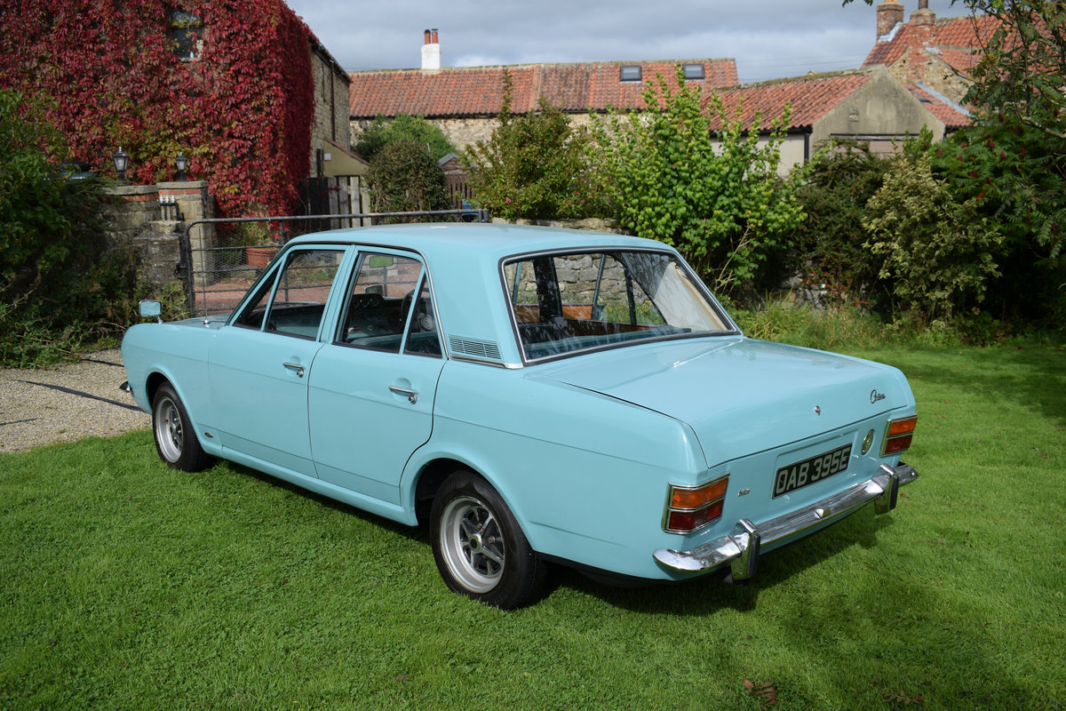 1967 FORD CORTINA MARK 2 1300 - JUST STUNNING CONDITION! SOLD (picture 1 of 6)