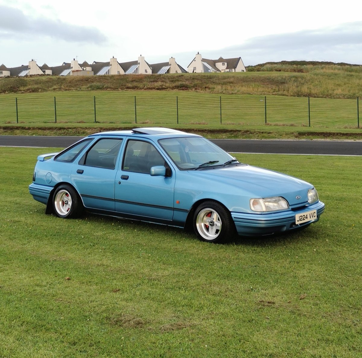 1992 Ford Sierra GT 2.0 Twincam For Sale (picture 1 of 5)