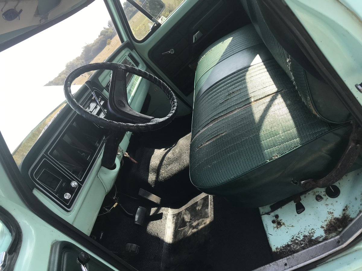 1977 ford f250 pick up  For Sale (picture 5 of 6)