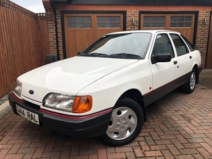 1990 FORD SIERRA 1.8 LX - 1 OWNER FROM NEW - 75,000 MILES !