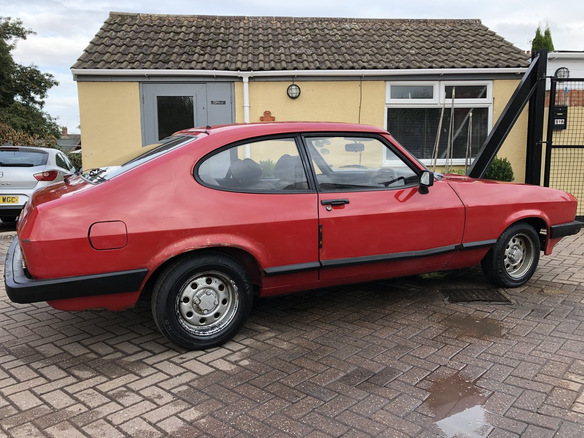 1984 Ford Capri 1.6 LS Mk3 SOLD (picture 2 of 6)
