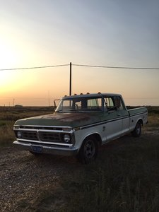 Ford F150 Classic American Truck