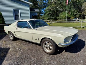 Super light project 1968 Mustang Fastback V8 Auto