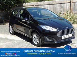 2017 Ford Fiesta Zetec + Sat Nav -17k miles