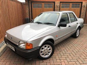 Picture of 1990 FORD ORION 1.6 GL - HUSBAND & WIFE OWNED FOR 27 YEARS !