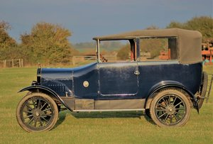 Picture of 1922 English Model T Cabriolet