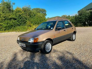 Picture of 1989 Show Standard Ultra Rare Ford Fiesta MK3 1.4 Ghia For Sale