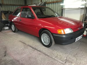 Picture of 1992 Ford Escort MK5a - 3 Door Hatchback