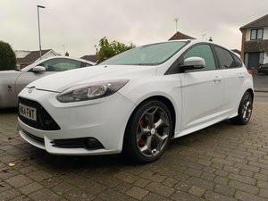 Ford Focus ST-2 5DR 250 BHP