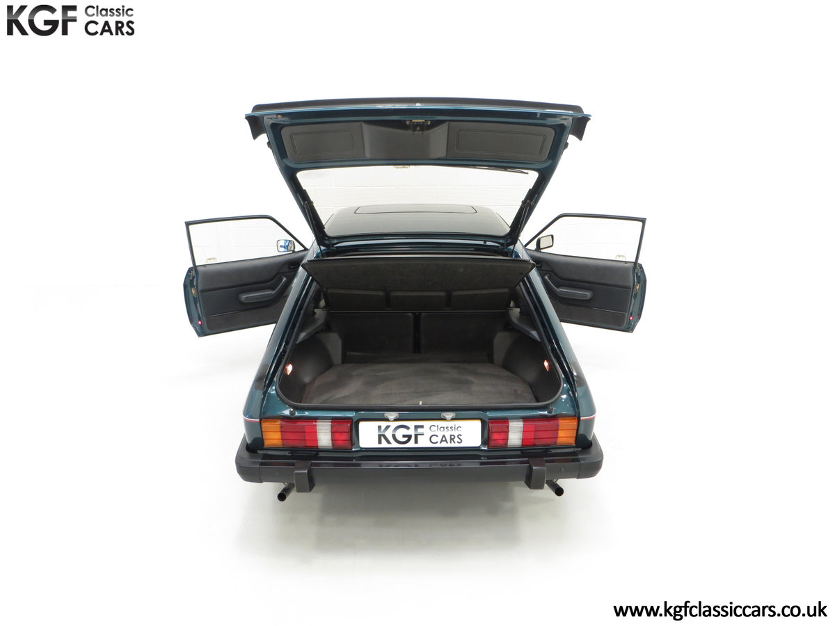 1987 A Fabulous Limited Edition Ford Capri 280 Brooklands For Sale (picture 11 of 24)