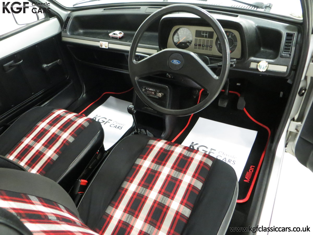 1979 A Ford Fiesta Mk1 Million with Just 25,502 Miles For Sale (picture 17 of 24)