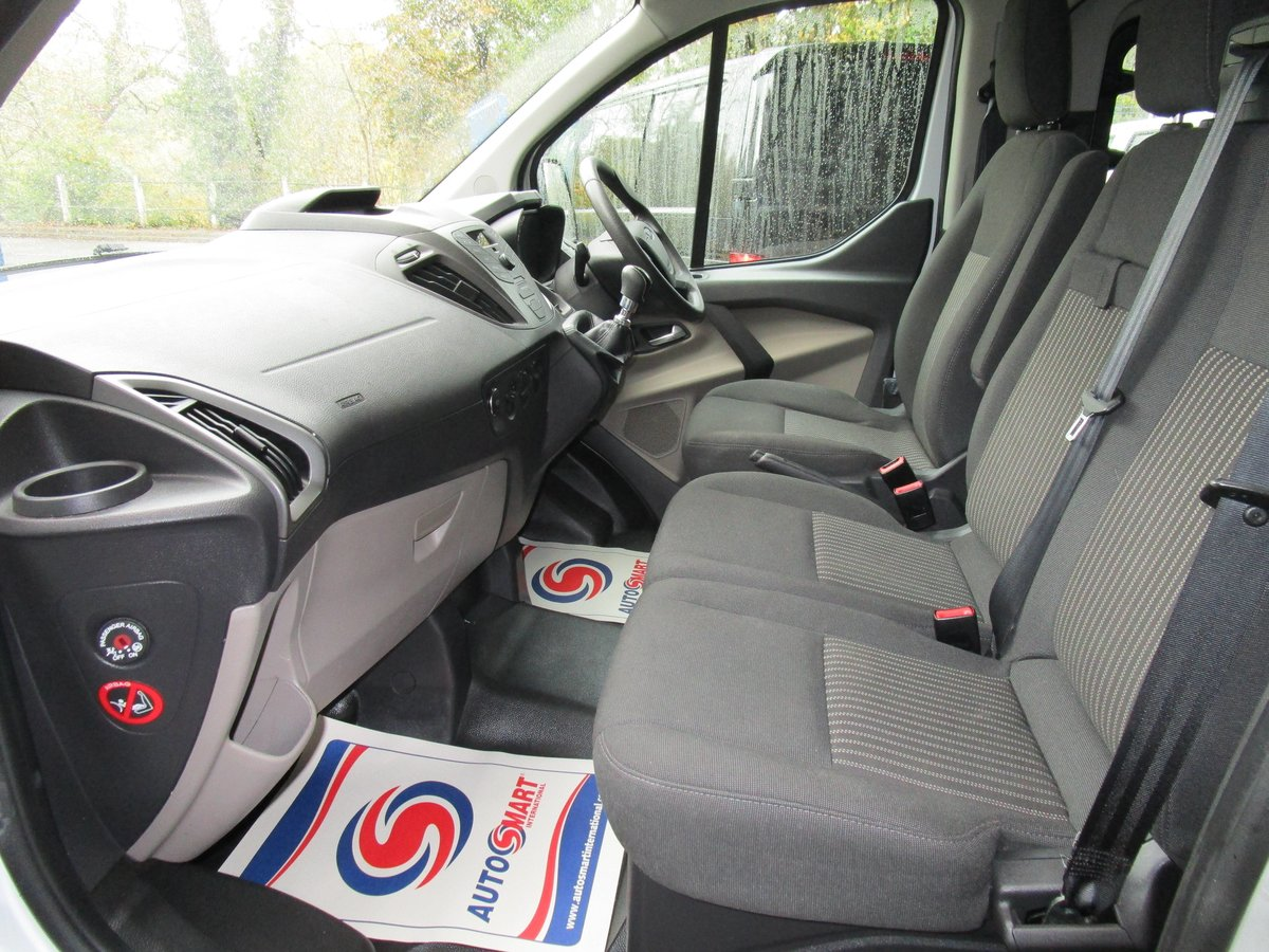 2013 63 FORD TRANSIT CUSTOM TOURNEO 2.0 TDCI 6 SPD MANUAL 9  For Sale (picture 5 of 6)