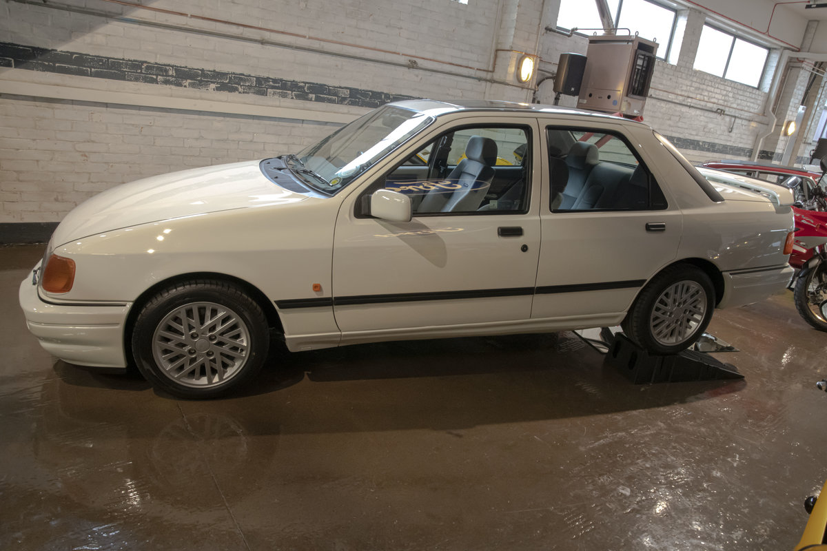 1988 Sierra RS Cosworth Sapphire For Sale (picture 2 of 20)