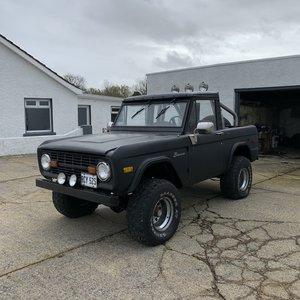 Ford bronco 5.0 v8