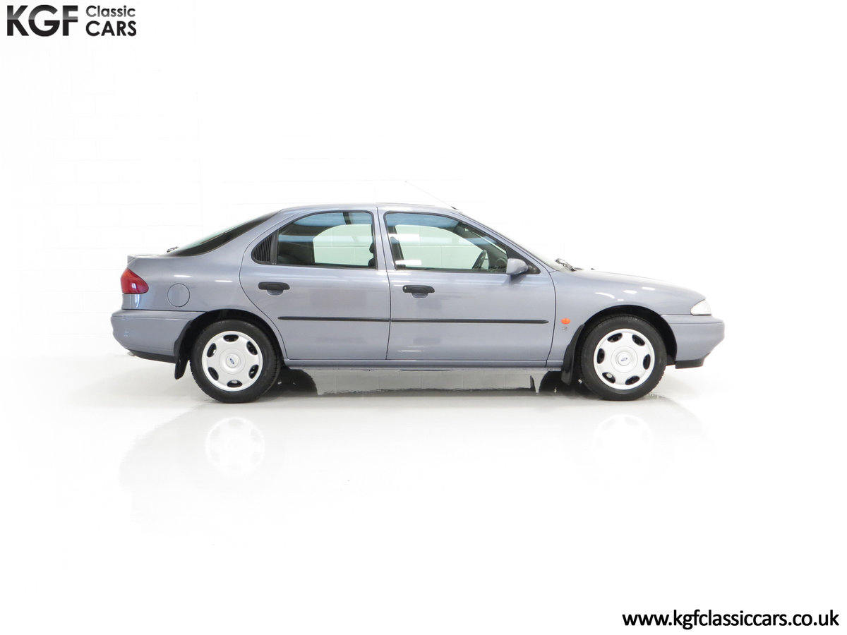 1996 Simply the Best Ford Mondeo Mk1 2.0 Si with 5,737 Miles SOLD (picture 14 of 24)