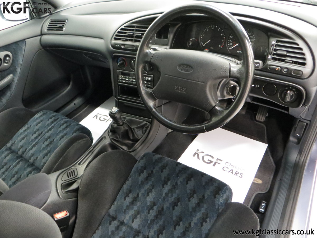 1996 Simply the Best Ford Mondeo Mk1 2.0 Si with 5,737 Miles SOLD (picture 18 of 24)