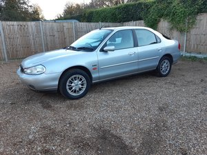 Picture of 2000 one owner,auto,2 litre mondeo,very low mileage.