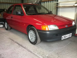 1992 Ford Escort MK5a - 3 Door Hatchback - Stunning Example