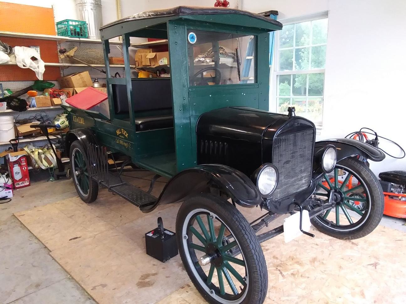1924 Ford Model T Truck-completely restored For Sale (picture 5 of 6)
