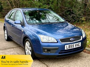 Picture of 2005 Ford Focus 1.6 Titanium 5 Door - 41,700 miles!