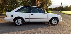 Picture of 1989 Ford Escort XR3i