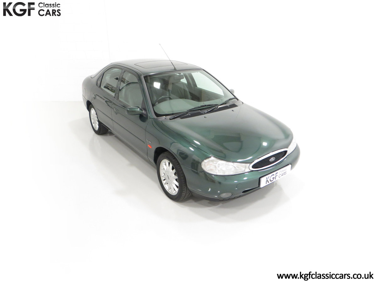 1998 A Luxurious Ford Mondeo Ghia X with Only 20,305 Miles SOLD (picture 2 of 24)