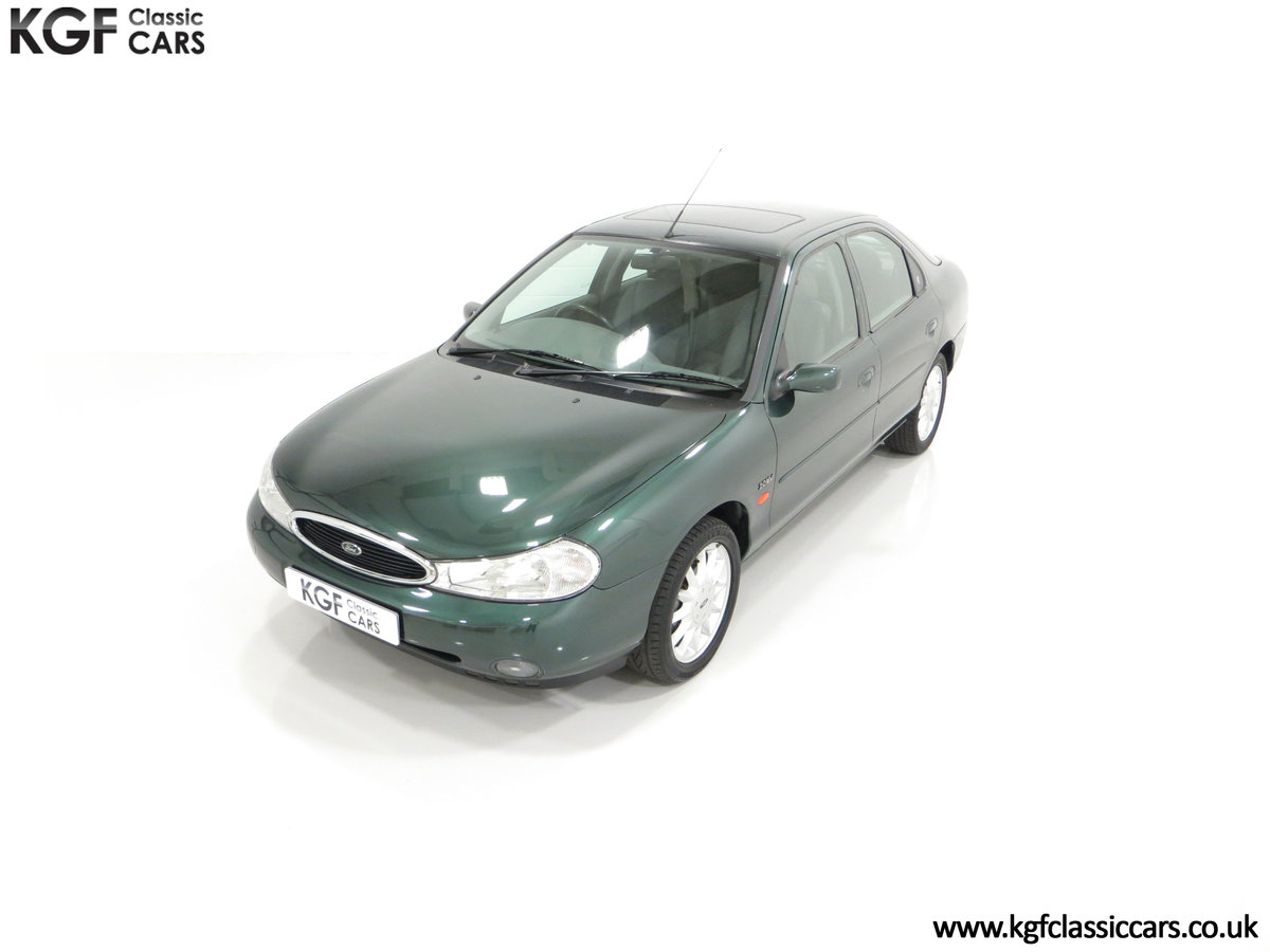 1998 A Luxurious Ford Mondeo Ghia X with Only 20,305 Miles SOLD (picture 5 of 24)