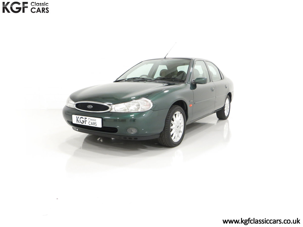1998 A Luxurious Ford Mondeo Ghia X with Only 20,305 Miles SOLD (picture 6 of 24)