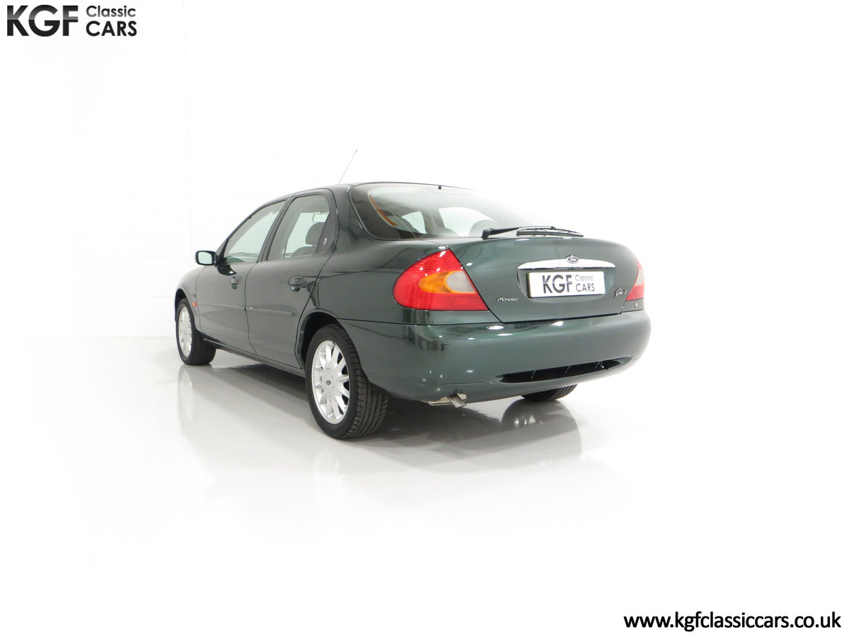 1998 A Luxurious Ford Mondeo Ghia X with Only 20,305 Miles SOLD (picture 8 of 24)