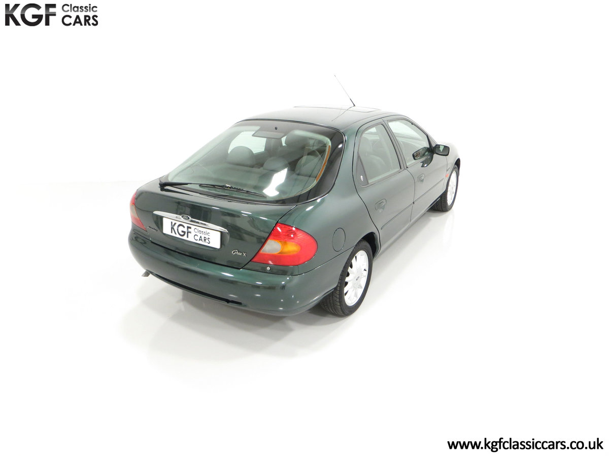 1998 A Luxurious Ford Mondeo Ghia X with Only 20,305 Miles SOLD (picture 12 of 24)