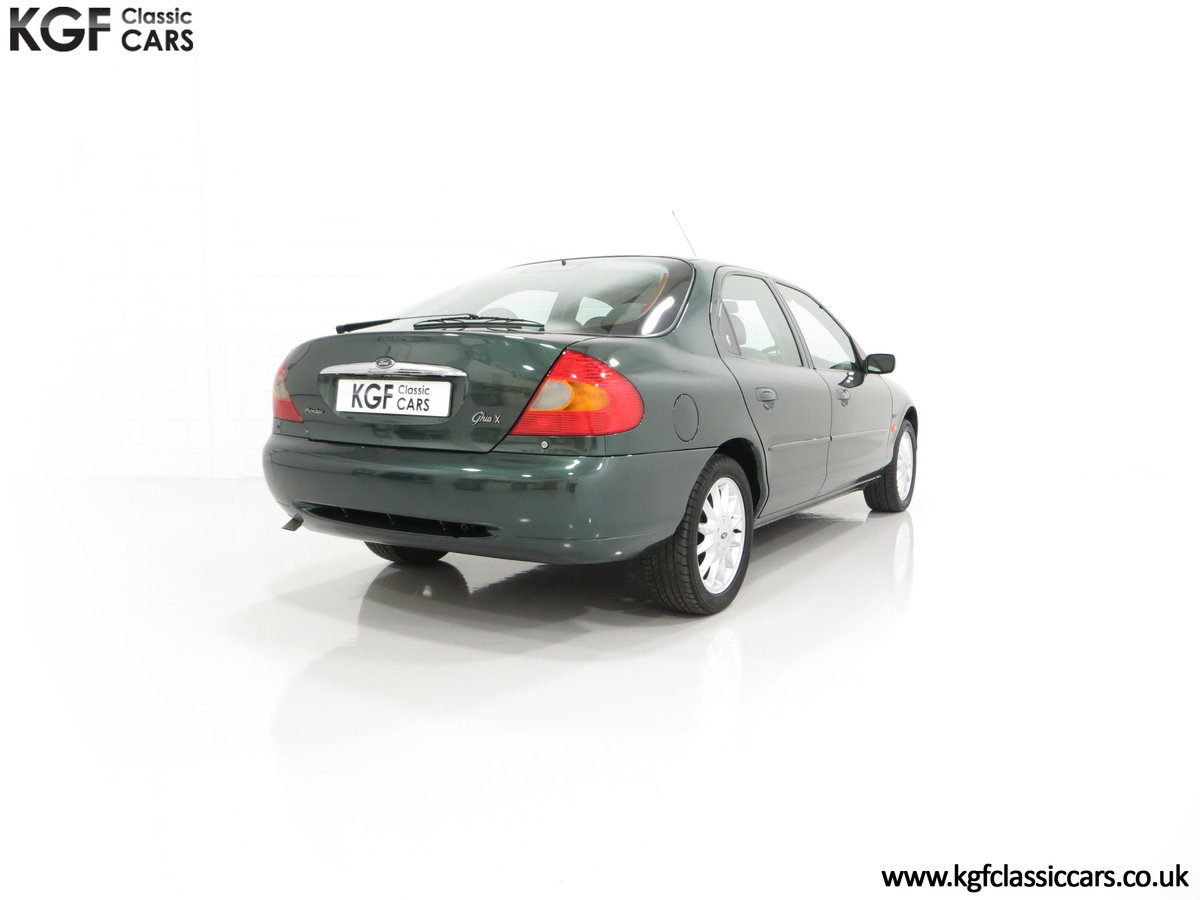 1998 A Luxurious Ford Mondeo Ghia X with Only 20,305 Miles SOLD (picture 13 of 24)
