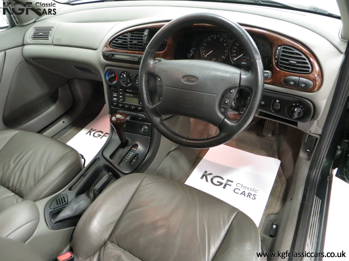 1998 A Luxurious Ford Mondeo Ghia X with Only 20,305 Miles SOLD (picture 18 of 24)