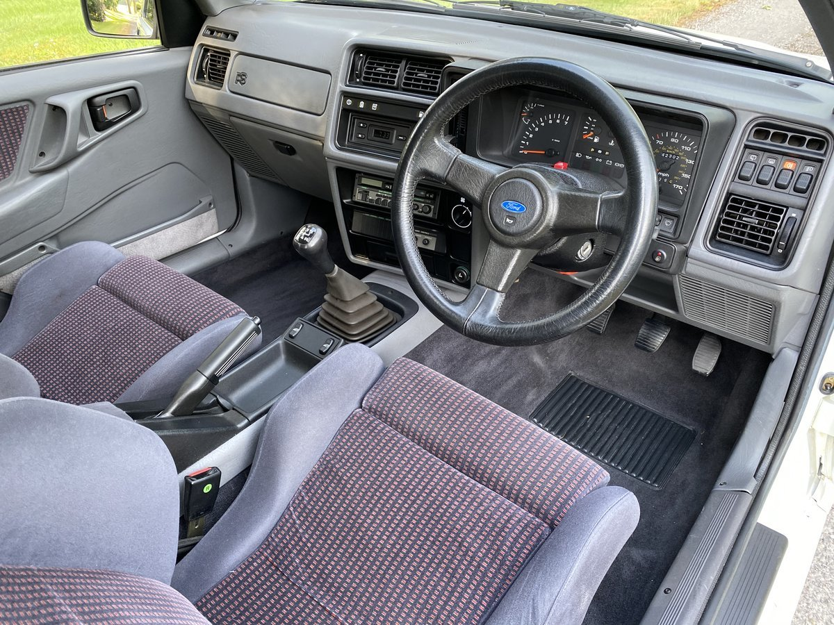 1986 Ford Sierra RS Cosworth (Only 42,000 miles) For Sale (picture 3 of 6)