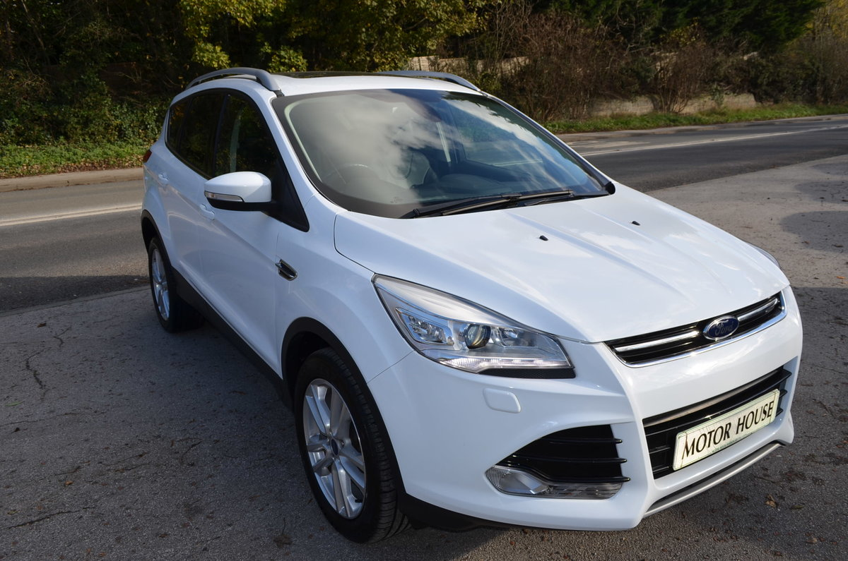 2013 FORD KUGA 2.0 TITANIUM POWERSHIFT 4X4 AUTO TOP MODEL For Sale (picture 1 of 12)
