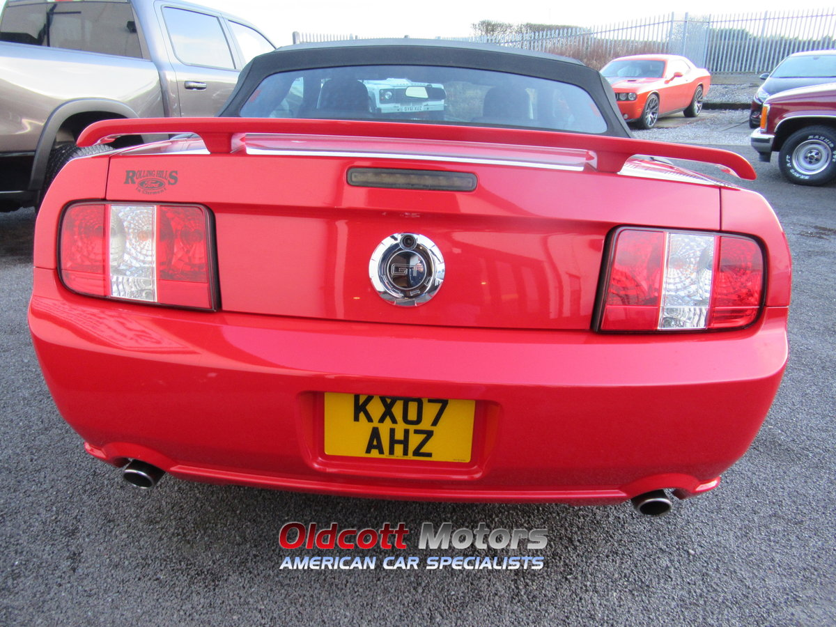 2007 FORD MUSTANG CONVERTIBLE 4.6 LITRE GT AUTOMATIC SOLD (picture 4 of 10)
