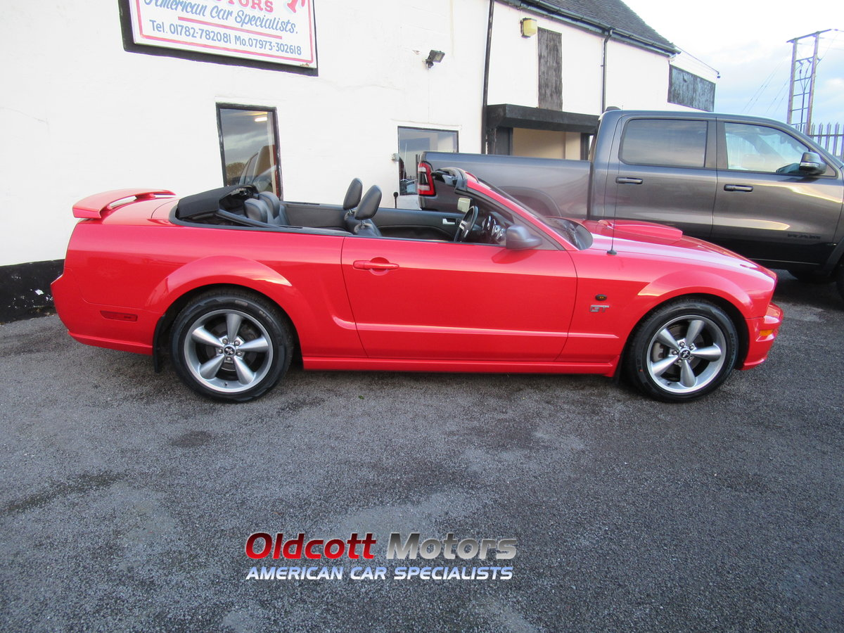 2007 FORD MUSTANG CONVERTIBLE 4.6 LITRE GT AUTOMATIC SOLD (picture 6 of 10)