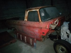 Ford F100 Unibody V5 Fuel Injected V8