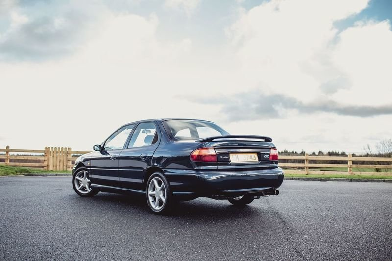 1996 Ford Mondeo Mk1 Si 4x4 Saloon For Sale (picture 2 of 12)