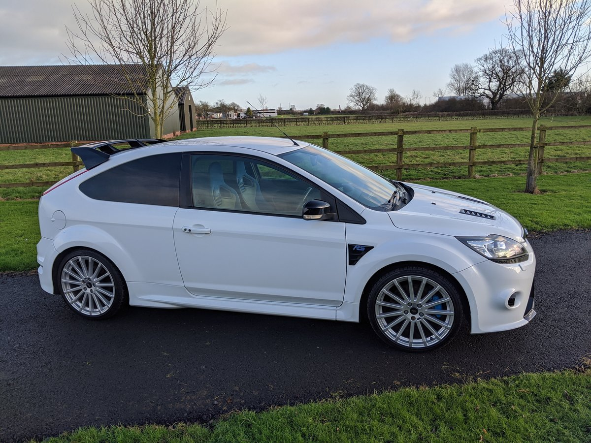 2009 Focus RS Frozen White LUX 1&2 Recaro For Sale (picture 2 of 9)